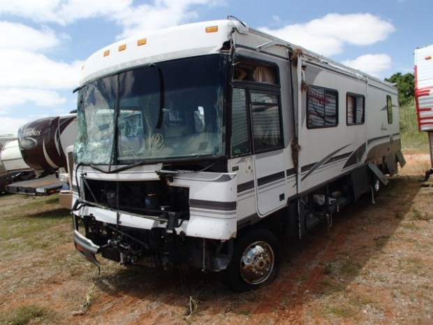 2000 Winnebago Adventure Motorhome Used Salvage Parts, All Winnebago Parts For Sale